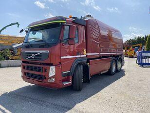 VOLVO FM 370/MORO ELEGANCE  camión de desatascos siniestrado